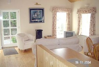 Kinsale cottage rental - Cara's Cottage Living Room