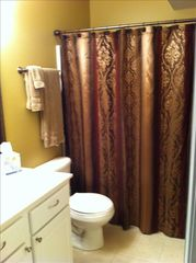 Camdenton condo photo - Guest bathroom on main level