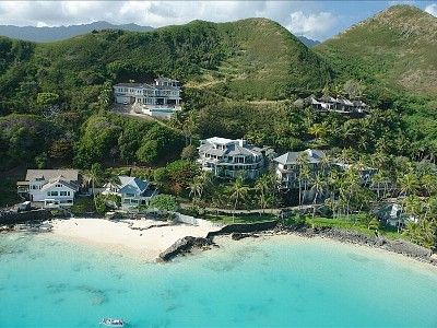 spacious  story home with unbelievable  homeaway lanikai, Beach House/