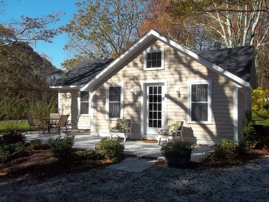 little compton See homes for sale in little compton, ri homefindercom is your local home source with millions of listings, and thousands of open houses updated daily.