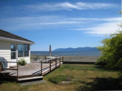 Ocean Oasis Sunshine Coast Cottage Rental on a Private Beach in Powell River, BC