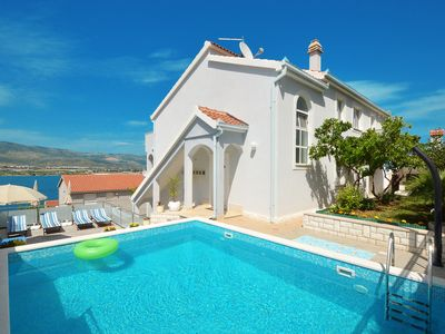 Stylish apartmens with open swimming pool with sea view and Jacuzzi... - Rose Deluxe - 2 bedroom apartment