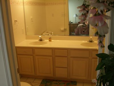 Boardwalk condo rental - 3rd FL Master Bath w/dual sinks, shower, skylight, jetted tub & toilet.