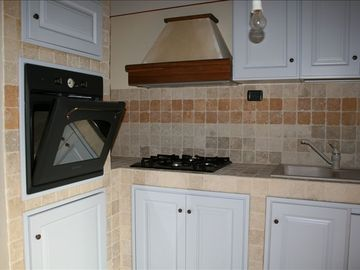 Kitchen - 4 gas burners, elect. oven, d/washer, m/wave, toaster, expresso maker