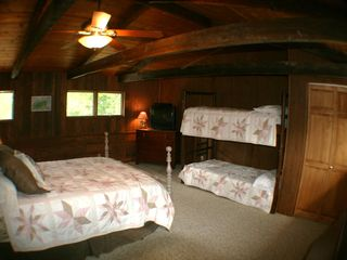 Maggie Valley estate photo - Guest bedroom: queen bed & bunk bed