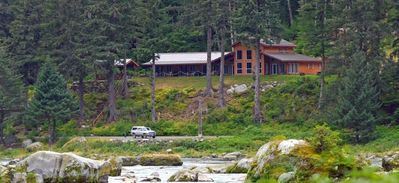 Chilkoot Haven Lodge on the famous Chilkoot River