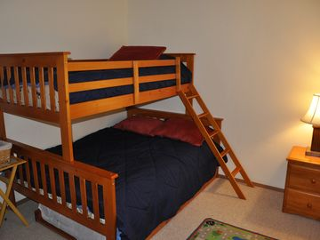 3rd Bedroom (kid's room) twin size bed on top and Full size in the bottom.