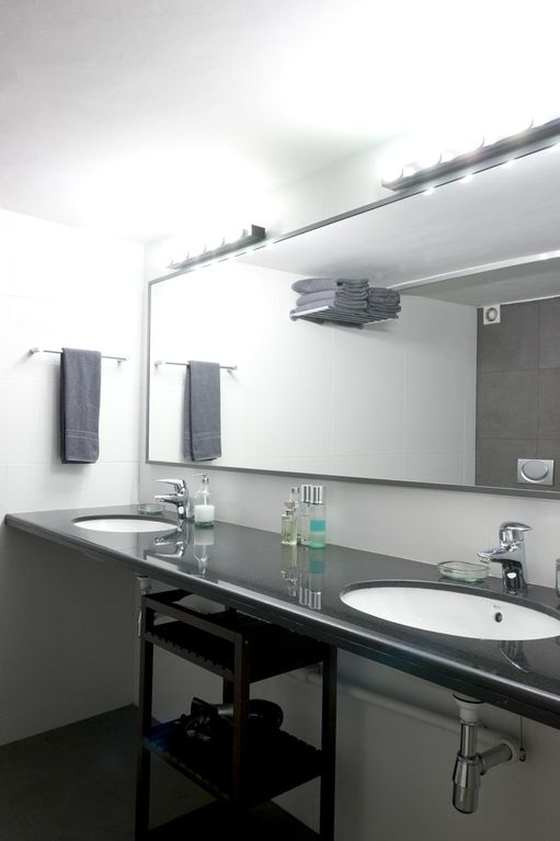 Bright double sink bathroom