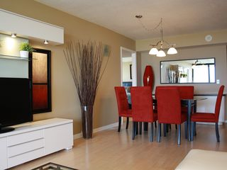 West Palm Beach condo photo - Dining room