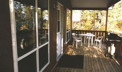 Deluxe 2-Bedroom Lakefront Cottage - Big Whiteshell Lake