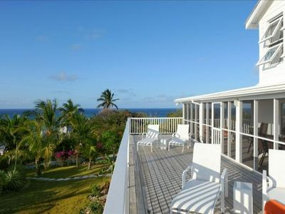 Sundeck with 50-mile, 180-degree ocean view