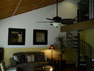 Kihei condo photo - Dramatic & Stunning Unit!