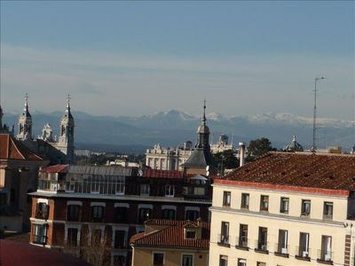 Best Views in Madrid, 3 Bedroom Apt in the middle of Historic Madrid. Free Wi-Fi