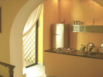 Kitchen, view 3