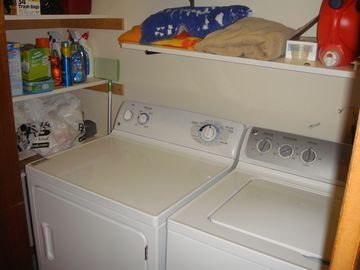 Full size washer & dryer - a must at the beach!