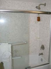 Waikiki condo photo - Pebble Stone Bathtub and Shower