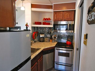 Meals are easy with Cuisinart cookware and appliances! Granite countertops,views