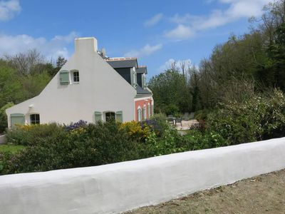 Peaceful house, great guest reviews, close to the sea