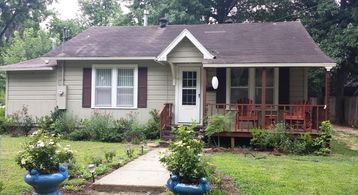 Bentonville house rental - House on quiet residential neighborhood - Walk to CB and WMHO