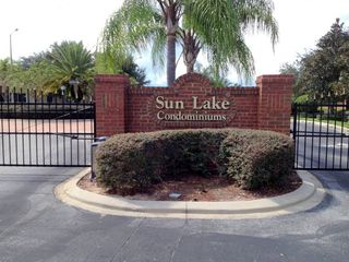 Celebration condo photo - Sun Lake Condos Entrance