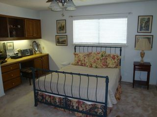 San Antonio house photo - Queensize Bedroom with HDTV (upstairs)