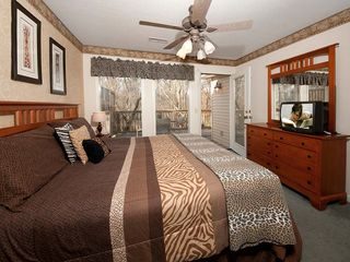 Pigeon Forge chalet photo - Guest bedroom