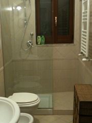 Mola di Bari apartment photo - bathroom