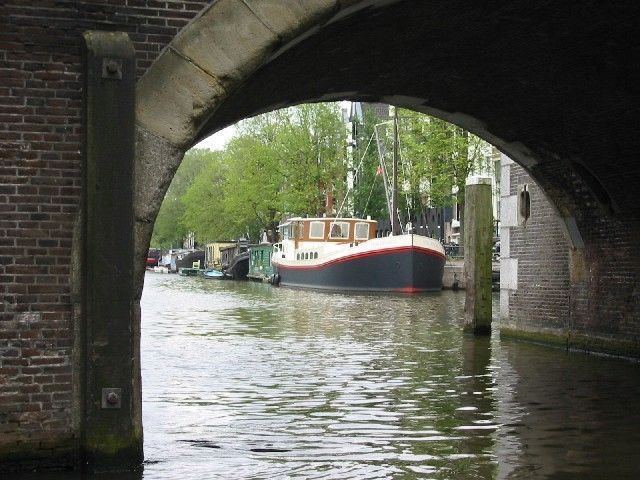 Luxury home on the water- Voted Most Desirable Canal in Amsterdam (2009)