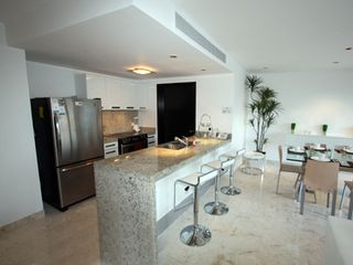Playa del Carmen condo photo - Full Kitchen
