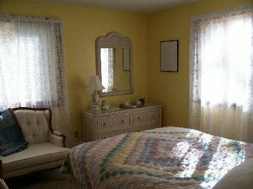 Yellow bedroom downstairs queen