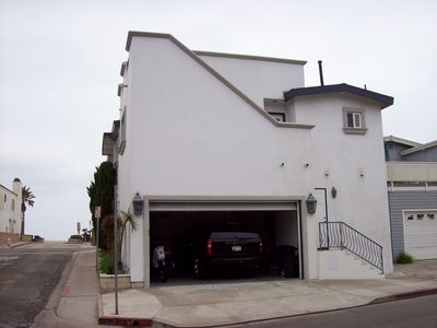 Newport Beach house rental - Back of House/Garage on Neptune Ave