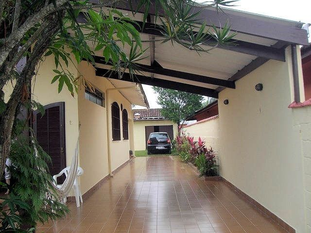 House in Bertioga, with pool, air conditioning, next to Sesc - 3 bedrooms