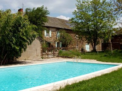 Traditional farmhouse with private pool and grounds