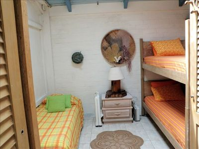 Cottage - bunk beds plus single bed sleeping area for 3 persons