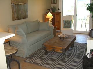 Amelia Island condo photo - Newly decorated living room