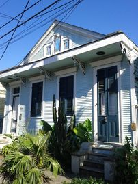 Bywater house rental - Beautiful FULL renovation of a 1895 home- single family home, not a duplex.