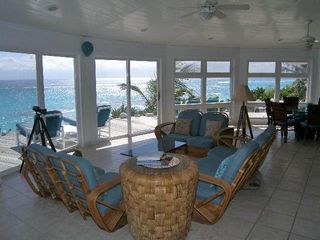 Elbow Cay and Hope Town villa photo - Panoramic view continues. Note vaulted ceiling & 180 degree view!