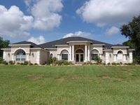 Spacious Golf Course Home On The 7th Fairway ...near The Beach Too!