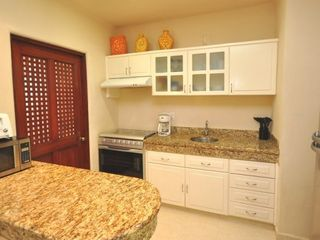 Playa del Carmen condo photo - Full gourmet kitchen