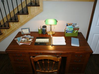 Milam lodge rental - Free WiFi, Welcome Book, Area Maps, Local Menus, Guest Book.