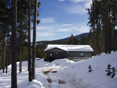 Wilderness Cabin on the Canyon turns to Gentle Winter We plow the Snow you Enjoy