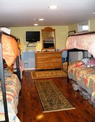 Hendersonville estate photo - CLOUD 9- Bunk Room