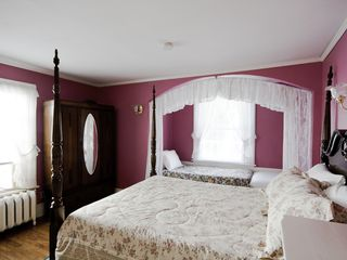 Niagara Falls house photo - Rose Room