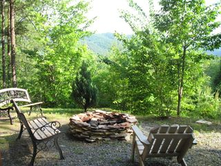 Blue Ridge cabin photo - Fire Pit, Wood Provided