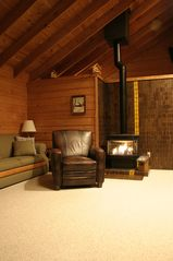 Crystal Mountain, Thompsonville cabin photo - Living room with fireplace