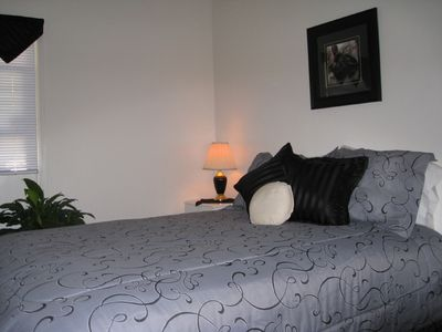 Bedroom #3, Queen bed