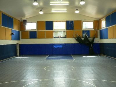 onsite indoor court, rec area to rent while you stay with bath,kitchen and more.
