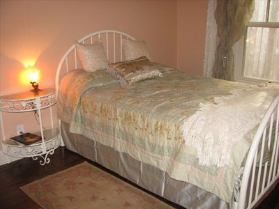 Guest BR is a cozy hide-away.  Also antique furnished. Clawfoot tub in bathroom.