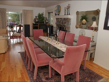 Very Comfy Dining Room