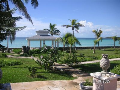 5-Bedroom 4-Bath Private Beachfront Estate with Kayaks